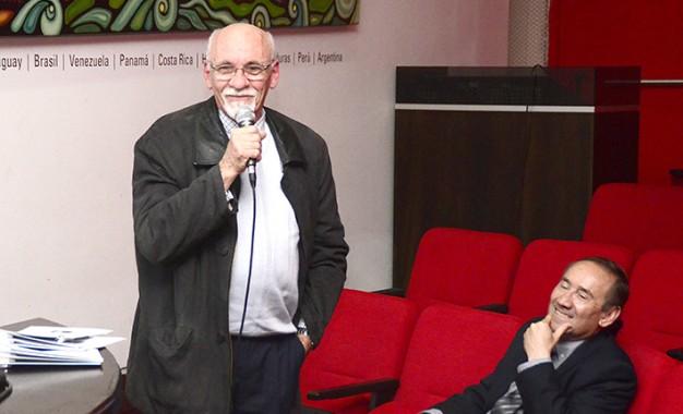 Un merecido homenaje al doctor Luis Pérez Seggiaro