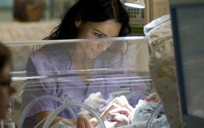 Menos oxígeno y más familia para los prematuros