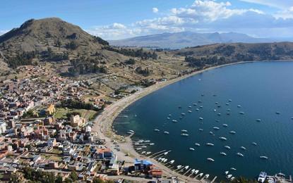 Encantos linderos al Titicaca