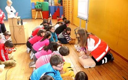 Exhortan a directivos escolares a colaborar en la campaña