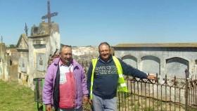 Ramón Ferreyra y Carlos Rosales en las tumbas inglesas  de 1915
