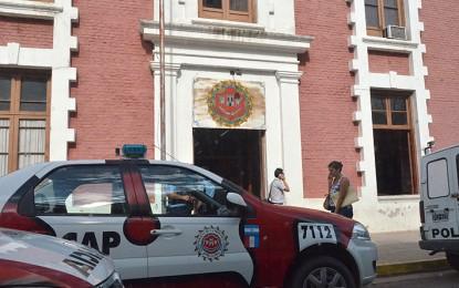 """Le robaron 40 mil pesos en efectivo a una mujer con el """"cuento del tío"""""""