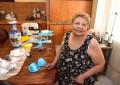 María le da puntadas de brillo al Carnaval desde hace 30 años