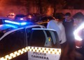Asalto a mano armada, persecución, dos jóvenes y una chica detenidos
