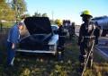 Se prendió fuego un auto en pleno viaje