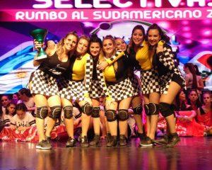 Academia local pasó al Sudamericano de Danzas