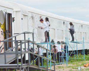 Bellas Artes interviene uno de los vagones de la zona de Los Chaleses