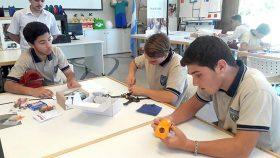 En la Tecnoteca, alumnos de distintas escuelas armaron drones