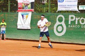 Agustín Velotti, ganó el partido de exhibición jugado en el club de barrio Palermo