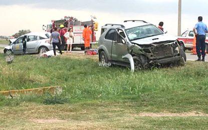 Una mujer y un anciano perdieron la vida en un choque frontal en la 158