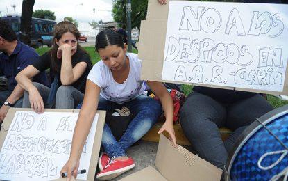 Reclaman por los despedidos de Clarín