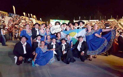 El Ballet municipal brilló en el festival y en las peñas de Cosquín