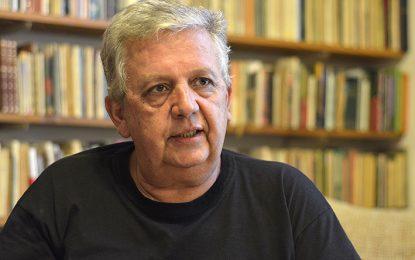 """""""La literatura es un oficio, la poesía un don"""""""