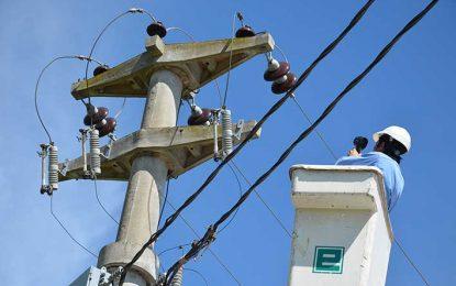 Realizan promedio de 30 cortes de luz por día debido a la falta de pago