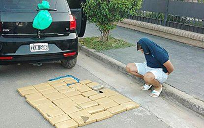 """Detuvieron a un villamariense que llevaba 48 """"ladrillos"""" de marihuana"""