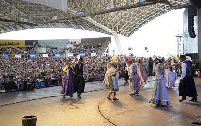 Más de ocho mil personas en el 5º Festival del Adulto Mayor