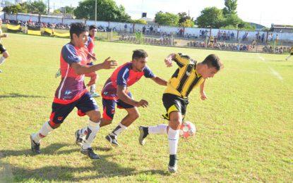 """El club del """"milagro de los Andes"""" jugará el sábado ante el Jockey"""