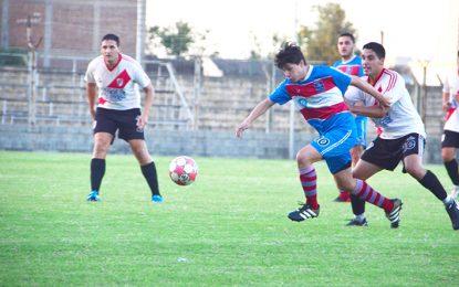 Rivadavia tuvo más gol en el duelo de punteros