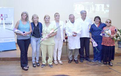 Entregaron un reconocimiento a siete trabajadores del Pasteur