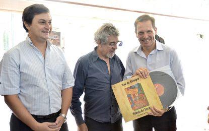 """El vinilo de """"Los amantes de Córdoba"""" integra desde ayer el Museo del Anfiteatro"""