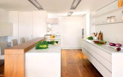 Pintar la cocina de blanco: una gran idea para renovar