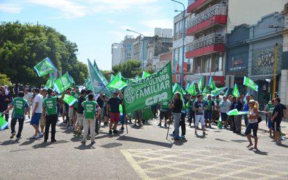 Trabajadores hicieron sentir sus reclamos en las calles de la ciudad