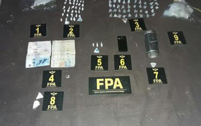 Detuvieron en Villa Nueva a un hombre y a una mujer que vendían cocaína y marihuana