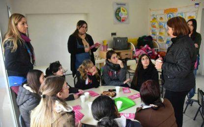 "Salieron ""casa por casa"" para brindar información sobre violencia de género"
