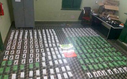 Secuestraron 276 teléfonos celulares entre Oliva y Oncativo