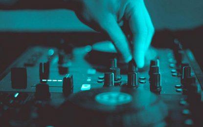 Cómo es formarse como deejay desde joven