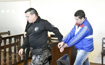 Tres años de cárcel efectiva por manosear a una menor
