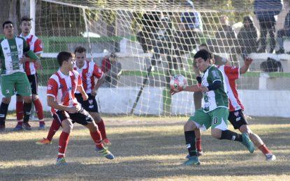 Rivadavia terminó en silencio