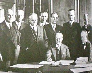 El firmante del Pacto Roca – Runciman