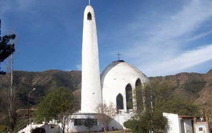 La iglesia de la singular figura