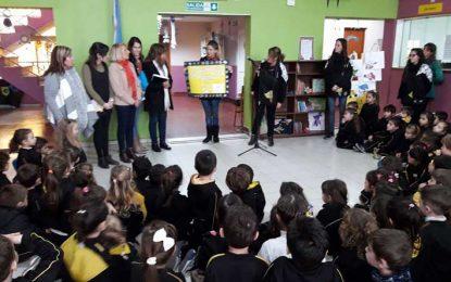 Donan libros para niños internados