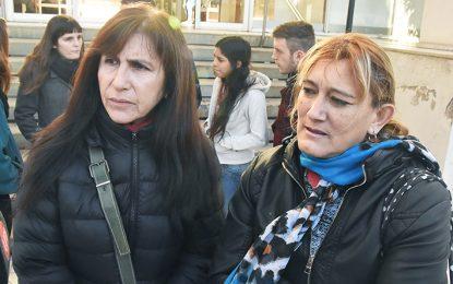 Careo entre Mojarrita Carranza y las extrabajadoras municipales