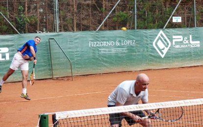 Terminó el dobles y se viene el  singles, con 150 tenistas