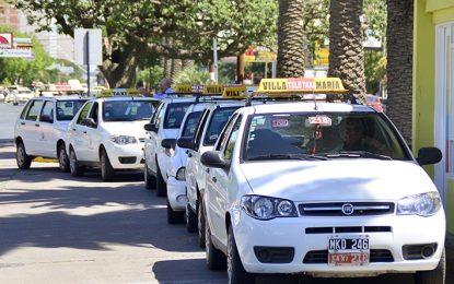 A votar en taxi: cada vez menos unidades para partidos políticos