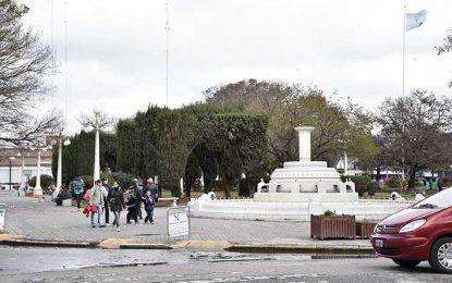 Remodelarán la plaza Centenario buscando conservar su espíritu
