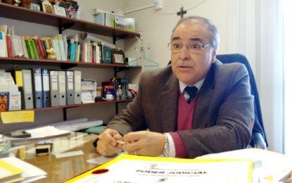 Con emoción, el fiscal Atienza se despidió de su equipo de trabajo