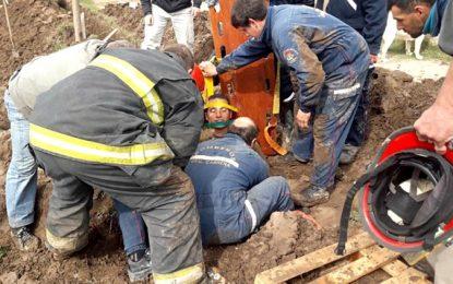 Rescataron a un trabajador que quedó atrapado