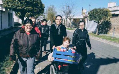 El Andén repartió sonrisas por el barrio
