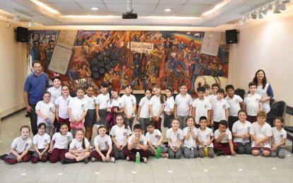 Alumnos del Instituto del Rosario en EL DIARIO