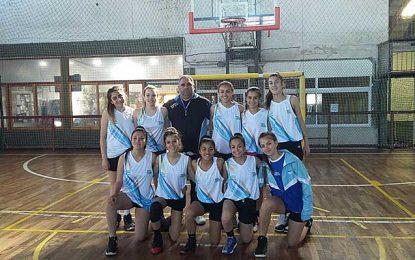 Rivadavia avanza con el handball