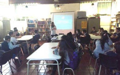 Charla de prevención de violencia de género en el Ipem 147 Manuel Anselmo Ocampo
