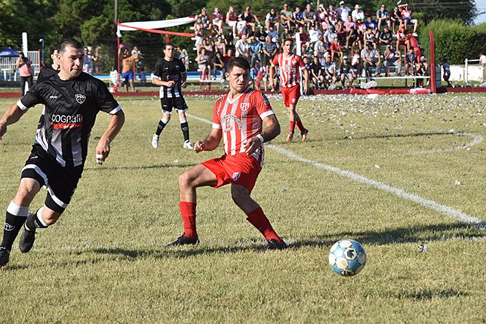 Imágenes del fútbol local- Torneo Clausura- Primera y reserva
