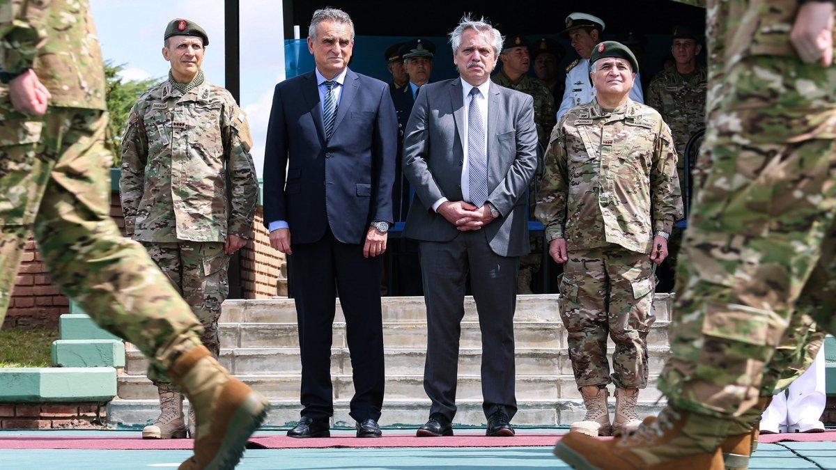 """Debut y despedida de la Mesa de Enlace militar"""" - El Diario del centro del país"""