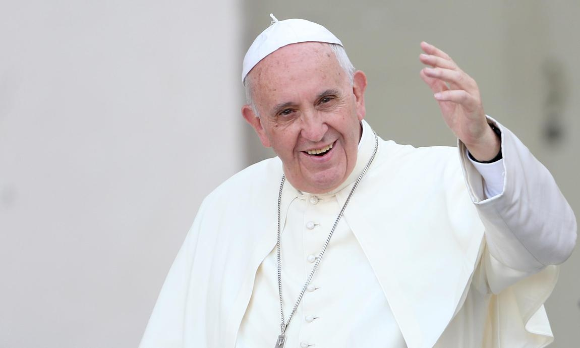 Francisco hizo un llamado a un alto el fuego
