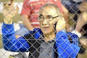 """Detrás del alambrado. EL """"Zurdo"""" se emociona con el fútbol y no es para menos. Su querido Unión Central volvió a una final tras 27 años"""